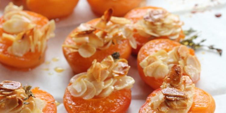 Apricots #CookingClasses #Provence @venisenprovence