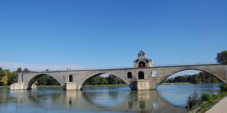 Pont d'Avignon C.Demontis Avignon Guided Tours