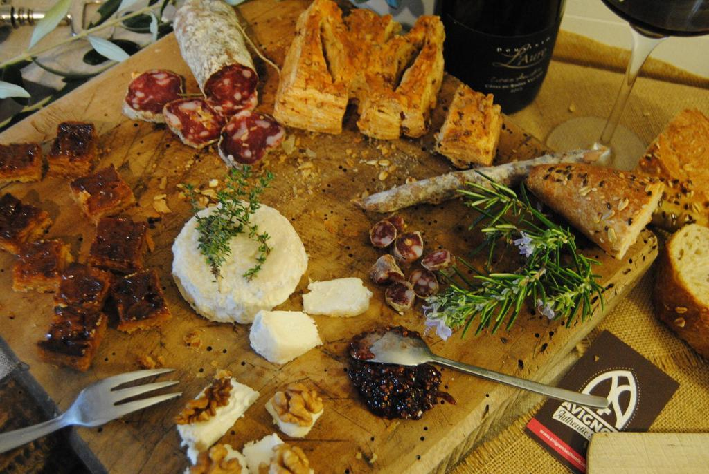 Provencal Tasting C. Demontis #Avignon #GuidedTours