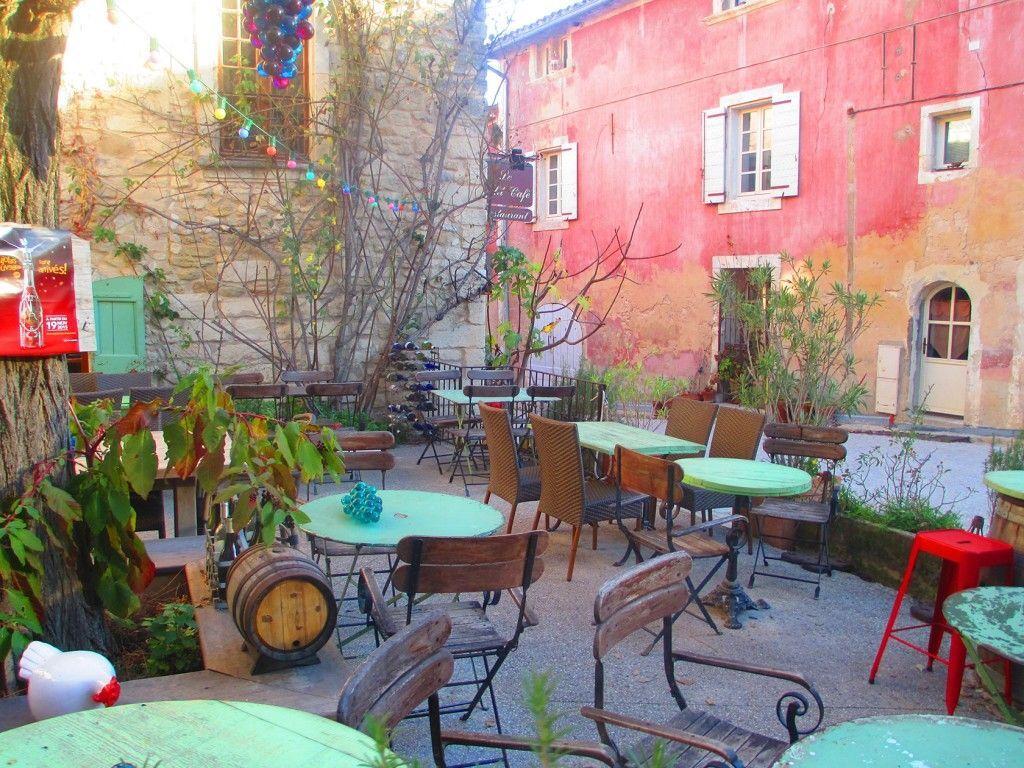 Petit café Oppede le Vieux #Provence @privateprovence