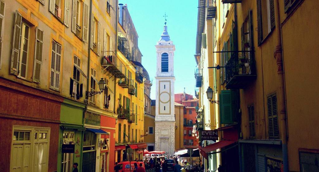 Nice old town #FrenchRiviera @ToursofNice #Nice06
