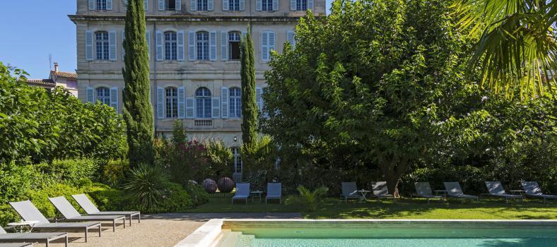 Facade sud 2014 Chateau de Mazan @GrapeEscapes