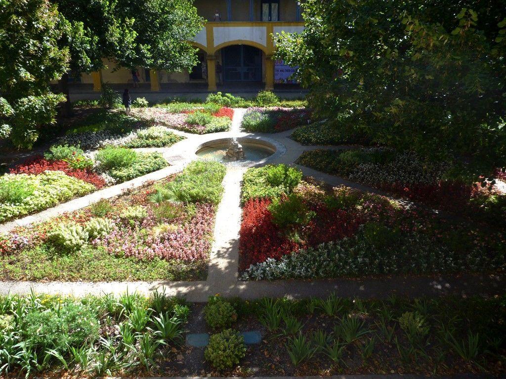 Espace Van Gogh #Arles #ExploreProvence @PerfProvence