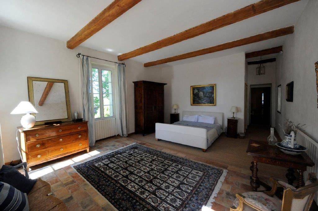 Ferme du Val master bedroom
