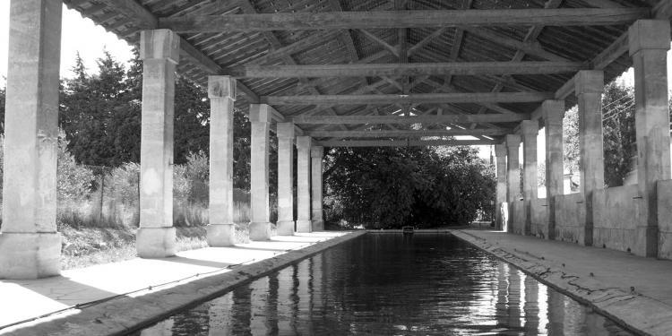 Fontvieille lavoir #ProvenceHistory Laundry @PerfProvence