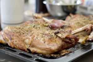 Roasted Lamb Shoulder @Cooknwithclass