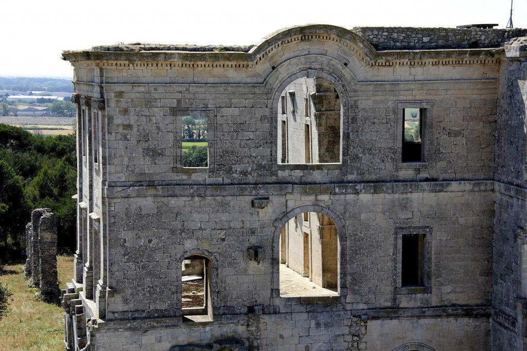Saint Maur Monastery #Montmajour Abbey #ExploreProvence @PerfProvence