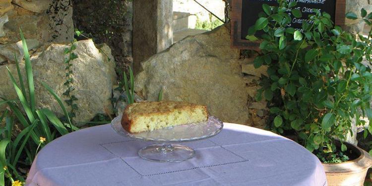 Apple Cake @Masdaugustine