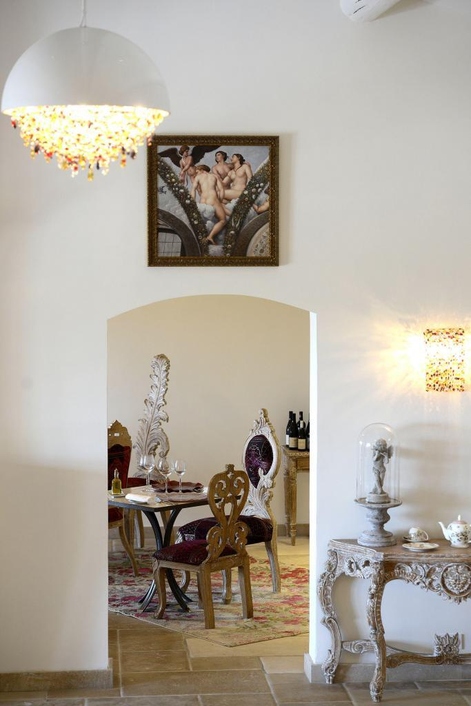 #Gordes Hotel Petit Palais d'Aglae @petitpalaisdaglae