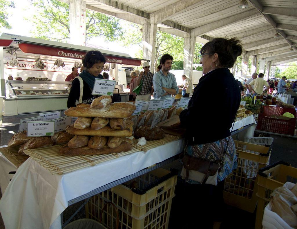 Saint Quentin la Poterie #market @PerfProvence