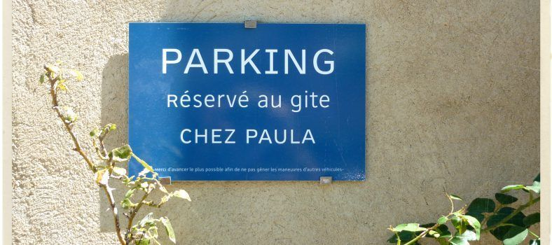 Provence Lifestyle Parking Chez Paula @tableenprovence