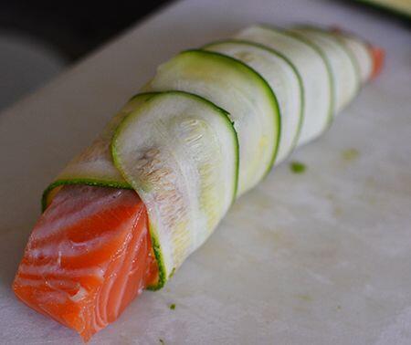 salmon wrapped in zucchini @Cocoandlavender