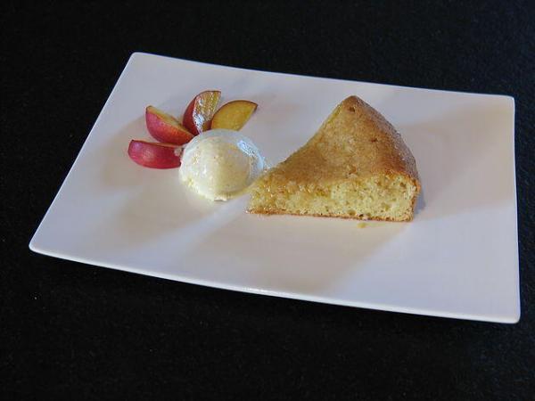 Lemon, Almond and Yoghurt Breakfast or Tea Cake #Recipe @MasdAugustine