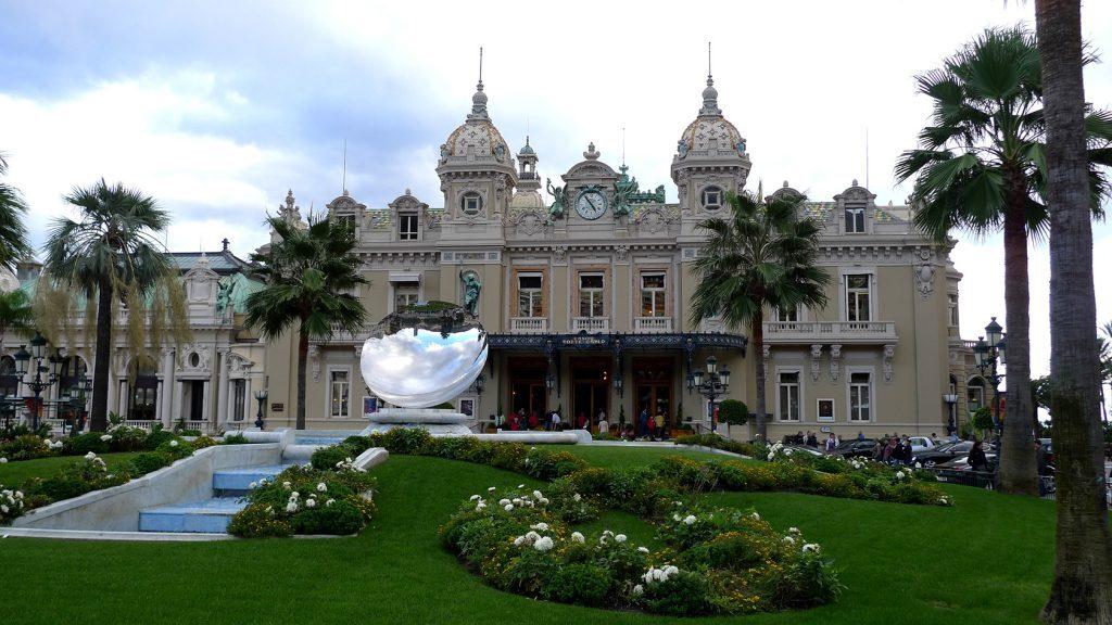 monaco casino #frenchriviera #montecarlo @perfprovence