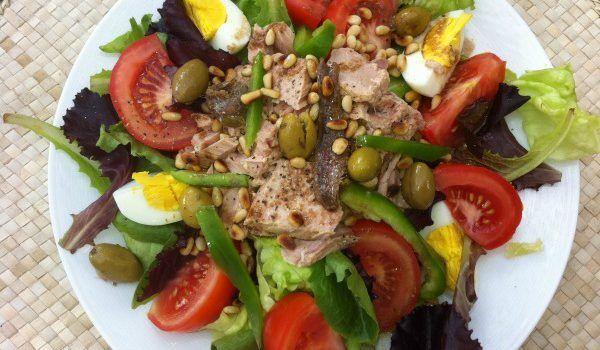 salad nicoise #recipe #TastesofProvence @fibitee