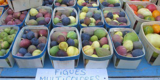 Encounters at a French Market @CobblestonesandVineyards
