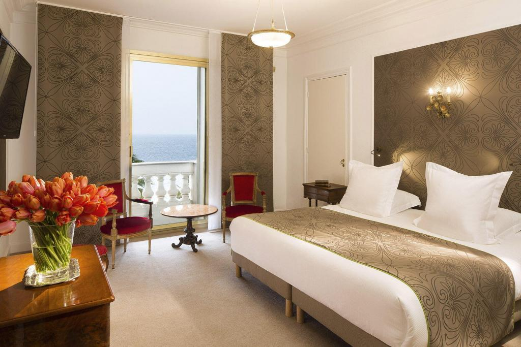 Le Negresco Deluxe Room Sea view #HotelNegresco @NegrescoHotel