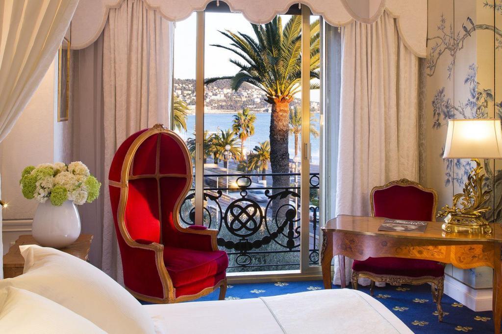 Le Negresco Exclusive Room Sea view #HotelNegresco @NegrescoHotel