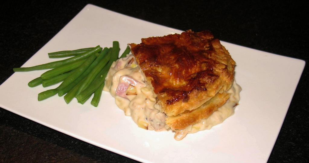 Chicken Leek and Ham Pie @Masdaugustine