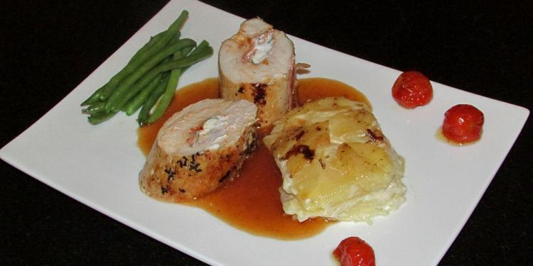 Chicken Stuffed with Goat's Cheese @Masdaugustine