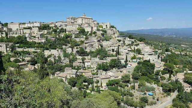 Gordes Luberon Villages @OurhouseinProvence
