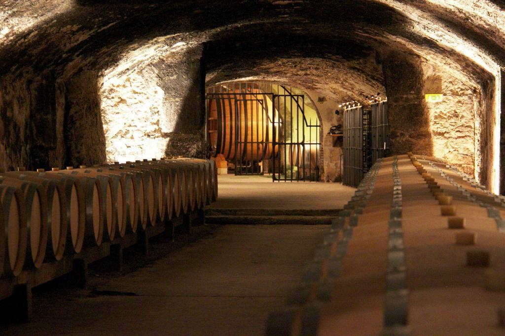 chateau-la-nerthe-cellar in Chateauneuf du Pape @PerfProvence