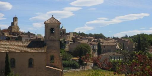 Lourmarin in the Luberon by Cobblestone and Vineyards