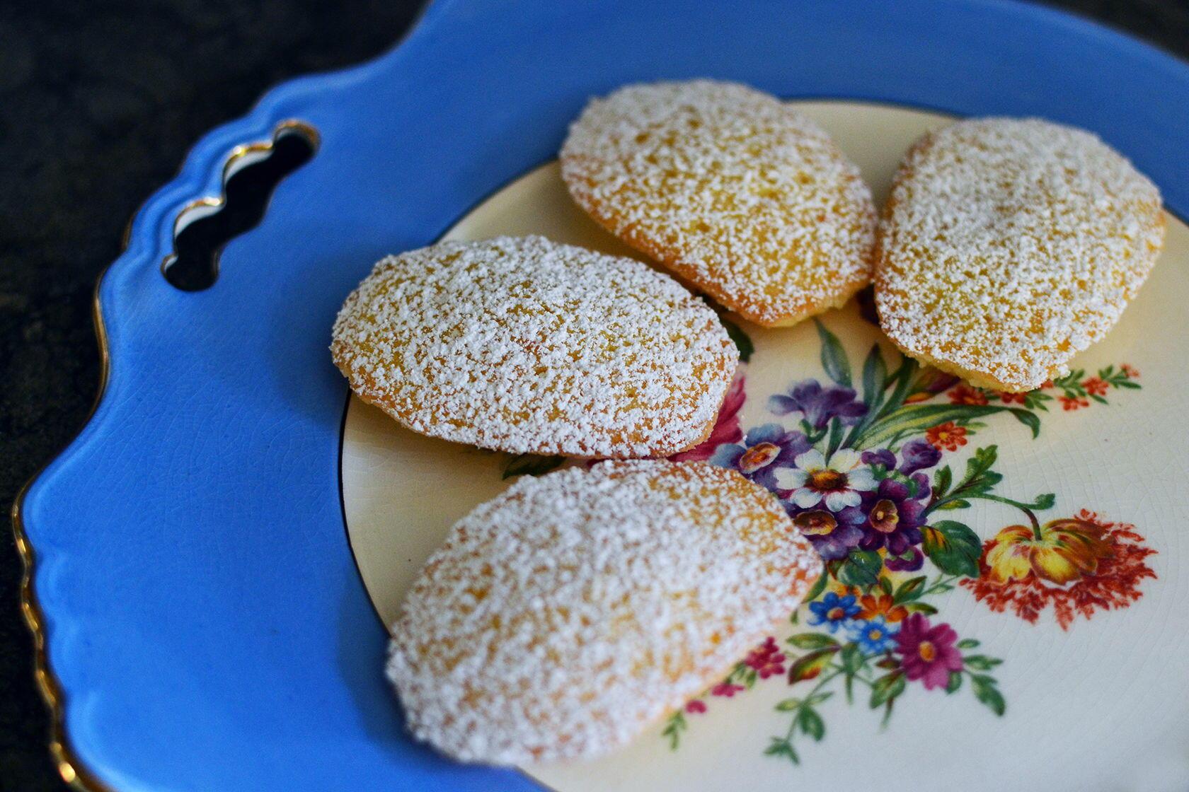 Clementine Madeleines by @Cocoaandlevender
