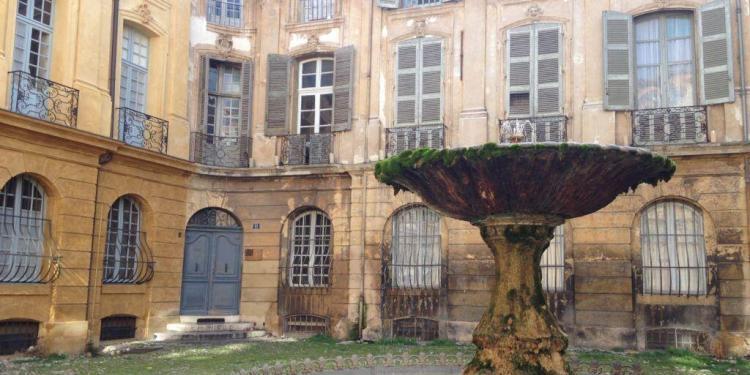 Place d'Albertas Aix-en-Provence by Curious Provence