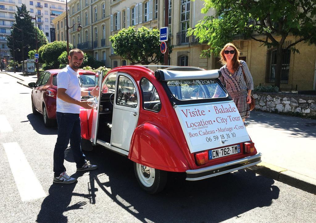 Aix en Provence 2CV Experience