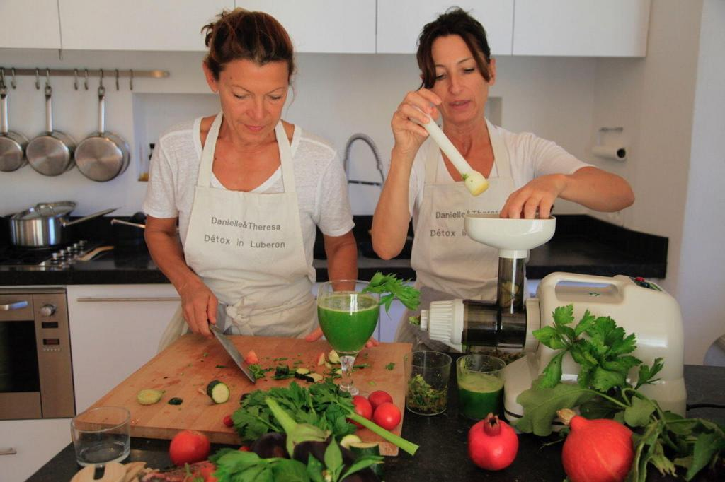 Detox in the Luberon Health Cooking Demonstration in Provence