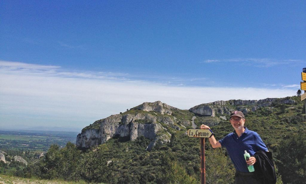 Hiking La Caume in the Alpilles @keith_vansickle