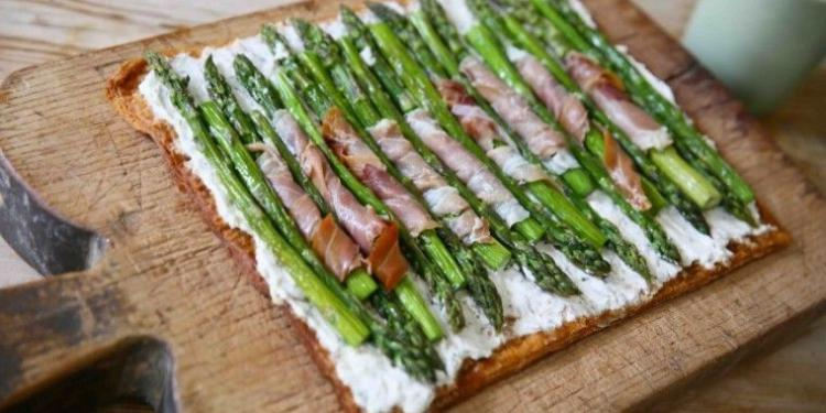 Provençal Asparagus Tart