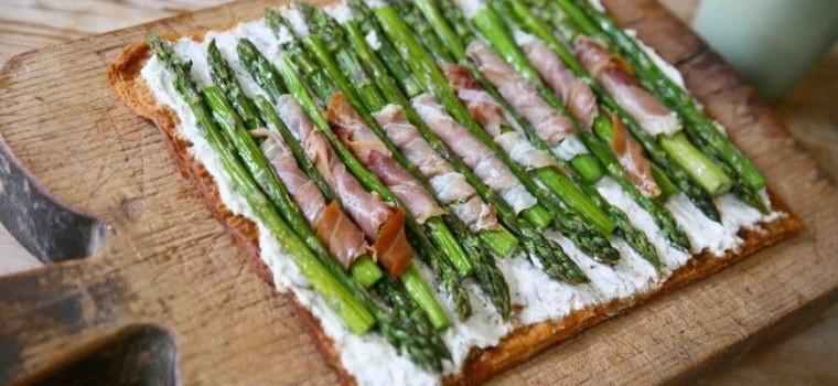 Provencal-Tarte-Asparagus-wooden-board