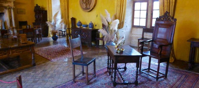Room in Chateau Lourmarin
