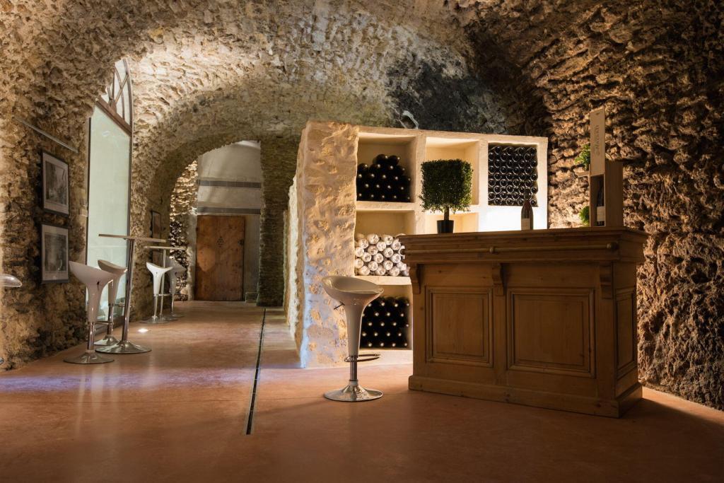 Vignobles Mayard Tasting room