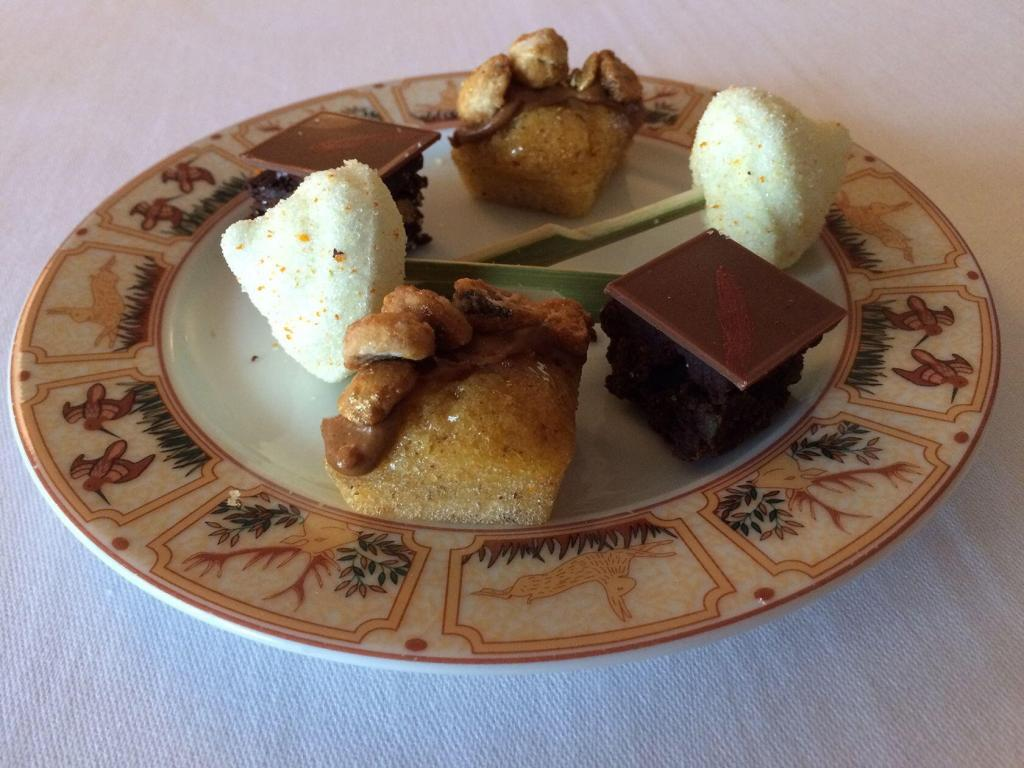 l'Auberge la Fenière Restaurant Pastries