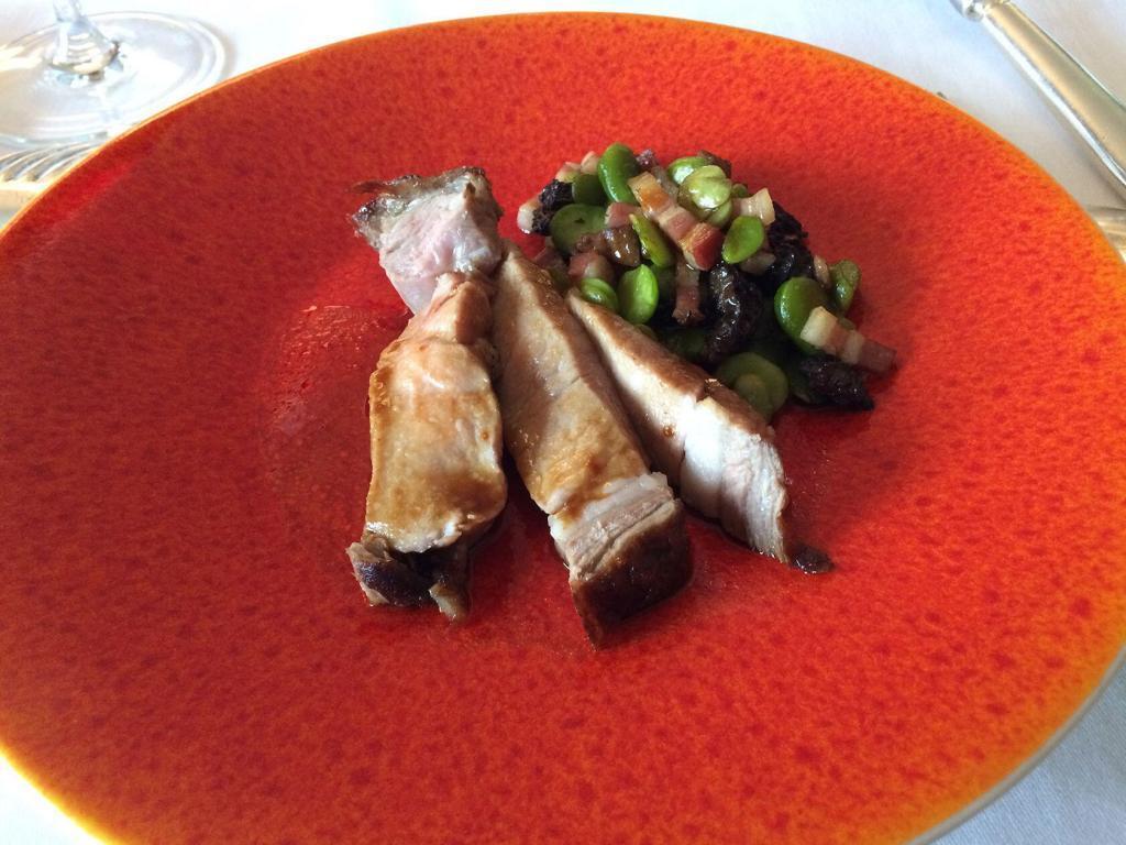 l'Auberge la Fenière Restaurant veal dish
