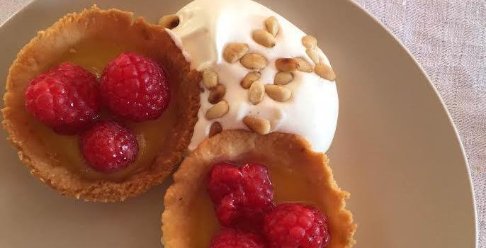 Raspberry Tart with Almond Crust