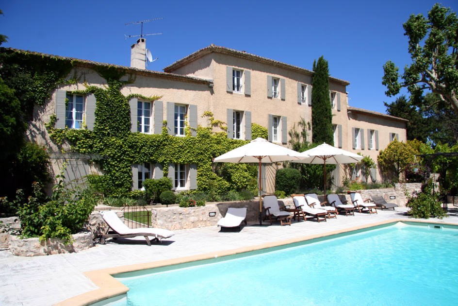 Buying Property Provence Villa with pool