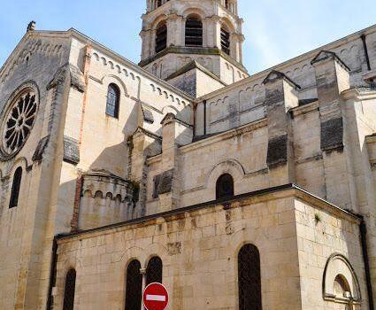 Visit Nîmes