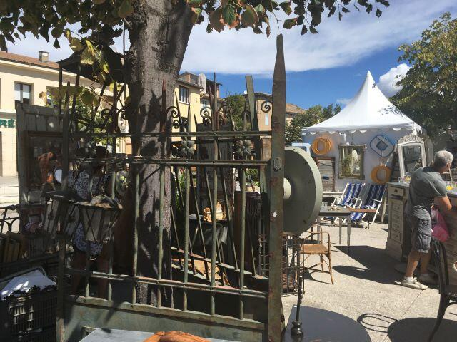 Antiques Art You L'Isle sur la Sorgue Summer Festivals Events Provence