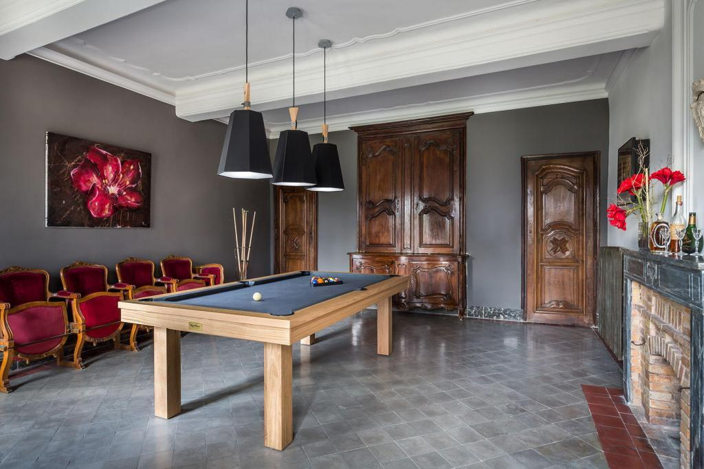 Domaine de Palerme Billards Room