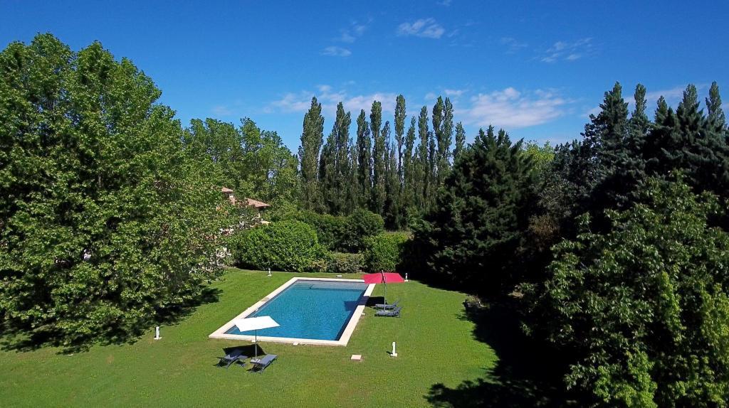 Domaine de Palerme Pool