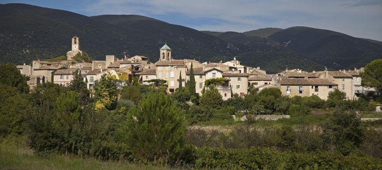 Bindu Trips Provence Lourmarin