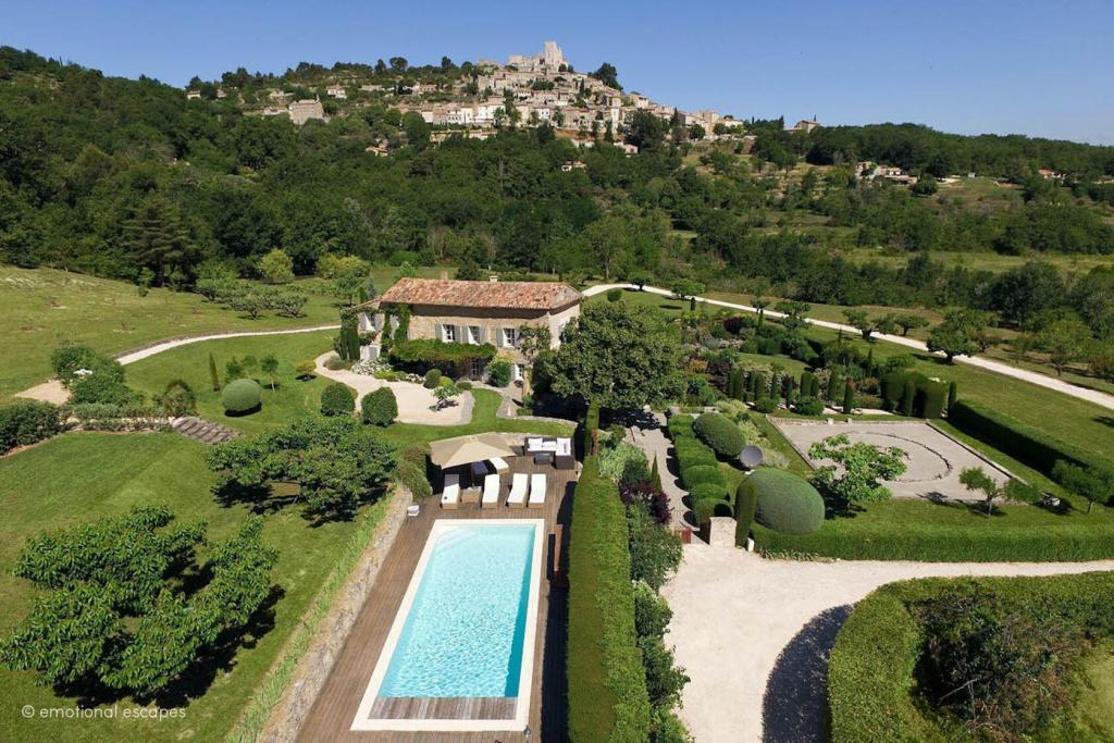 Lacoste View Luberon Holiday Rentals Provence Emotional Escapes