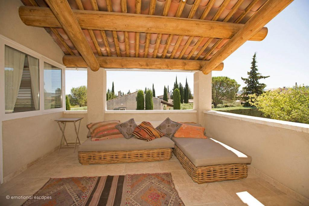 Terrace Holiday Rentals Provence Emotional Escapes