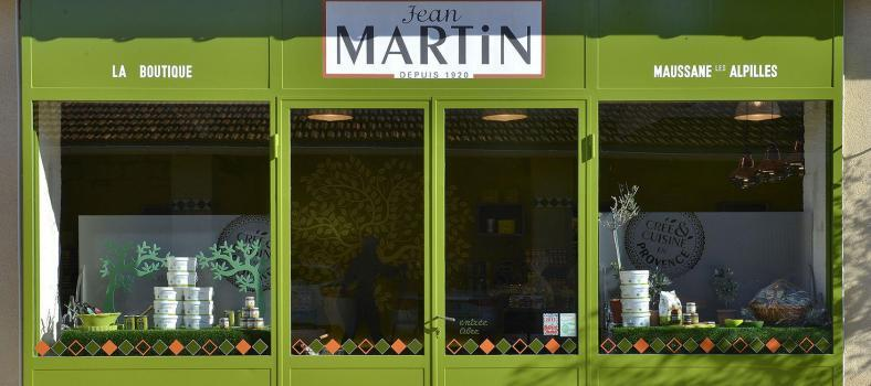 Jean Martin Company Boutique Exterior Maussane BOUTIQUE AGENCE CAMELEON