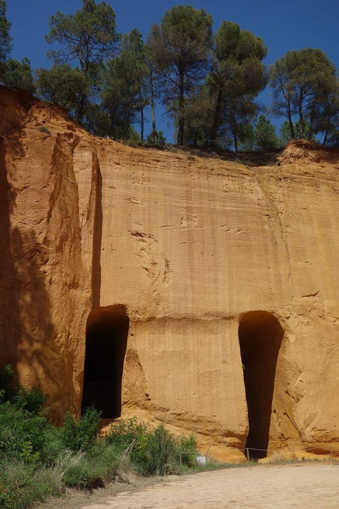 Provence's Natural Ochre Roussillon Mines de Bruoux