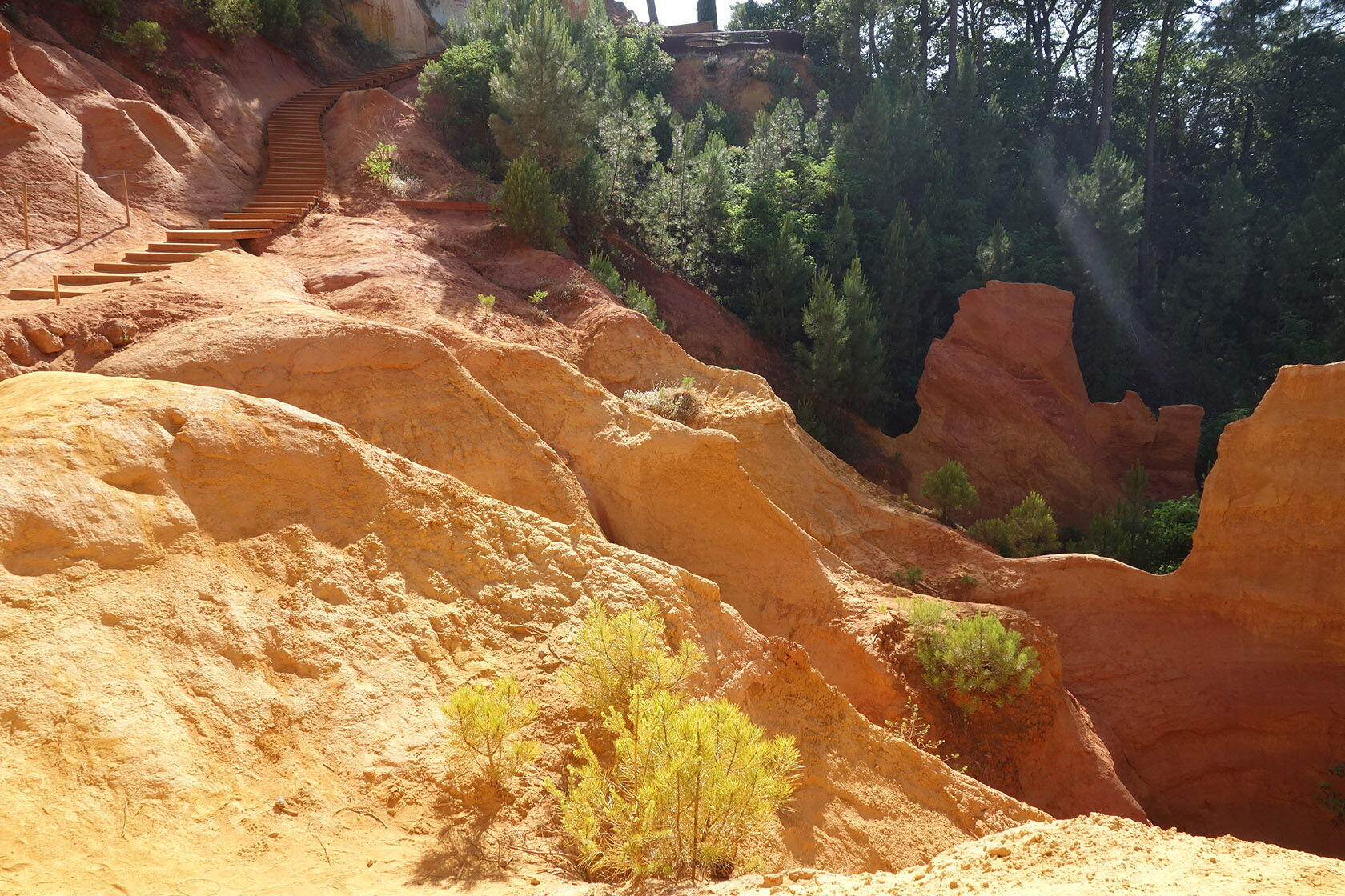 Provence's Natural Ochre Roussillon